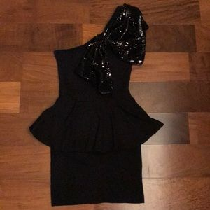 One shoulder sequin peplum black dress